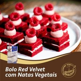 Bolo Red Velvet com natas vegetais 🍰  Preparado 500gr: 👉 https://boutiqueartesanal.pt/preparados-para-bolos/4123-preparado-para-bolo-red-velvet-500gr.html  Natas vegetais 1L:  👉 https://boutiqueartesanal.pt/natas-vegetais/927-mini-copo-verre-7-cl-50x60-mm.html  Saiba tudo na nossa loja on-line: 👉 https://boutiqueartesanal.pt/