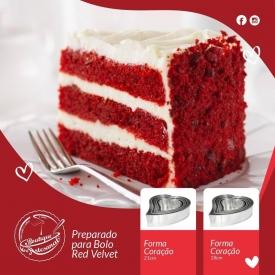 Prepare a massa do seu bolo Red Velvet, coloque na forma...leve ao forno e prepare uma deliciosa cobertura para depois😋⠀ ⠀ Fique de olho sempre no seu bolo, não vá queimar e arruinar o seu dia de S. Valentim😅⠀ ⠀ Quanto já estiver aquele cheirinho a bolo a percorrer a sua casa, aproxime-se do forno e retire-o cuidadosamente, para não se queimar nem o estragar 😉⠀ ⠀ ⠀ Depois de arrefecer, coloque a cobertura... e chegou a parte mais difícil, aguardar que a sua cara-metade chegue sem comer uma fatia antes 😂⠀ ⠀ Se conseguiu realizar todos estes passos, tem a receita para um são valentim perfeito ❤❤❤⠀ ⠀ 📍Preparado para Bolo Red Velvet ⠀ 👉🏻 https://boutiqueartesanal.pt/preparados/4123-preparado-para-bolo-red-velvet-500gr.html ⠀ 📍Forma Coração 18cm⠀ 👉🏻 https://boutiqueartesanal.pt/utensilios-e-acessorios/1231-forma-coracao-n-2-18cm.html ⠀ 📍Forma Coração 21cm⠀ 👉🏻 https://boutiqueartesanal.pt/utensilios-e-acessorios/1232-foma-coracao-n3-22cm.html