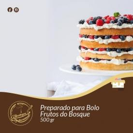 Não precisa de sair de casa...para desfruta de um destes bolos!😉⠀ ⠀ Preparado para Bolo Frutos do Bosque⠀ 👉https://boutiqueartesanal.pt/preparados-para-bolos/171-soft-frutos-do-bosque-05-kg.html