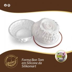 Forma Bon Tom em Silicone da Silikomart😍  👉https://boutiqueartesanal.pt/formas-de-silicone-e-silicones/345-forma-bon-ton-t-22-cm-alt833-cm.html